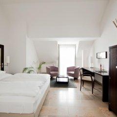 Burns Art Hotel 4* Стандартный номер с различными типами кроватей фото 5