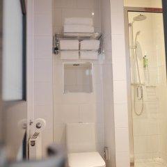 Отель The Wellington Hotel Великобритания, Лондон - 6 отзывов об отеле, цены и фото номеров - забронировать отель The Wellington Hotel онлайн ванная