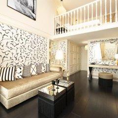Отель Castille Paris - Starhotels Collezione 5* Улучшенный номер с различными типами кроватей фото 2