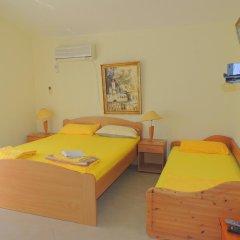 Отель Rooms Villa Desa 3* Стандартный номер с различными типами кроватей фото 9