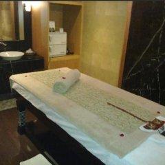 Отель Radisson Blu Marina Hotel Connaught Place Индия, Нью-Дели - отзывы, цены и фото номеров - забронировать отель Radisson Blu Marina Hotel Connaught Place онлайн ванная фото 2