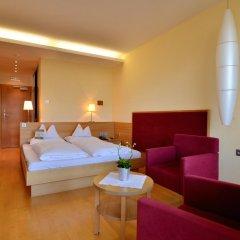 Hotel Schwefelbad Сцена комната для гостей