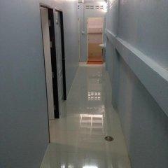 The Metallic Hostel Кровать в общем номере фото 11