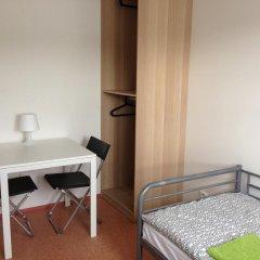 Hostel Bohemia Кровать в общем номере с двухъярусной кроватью фото 2