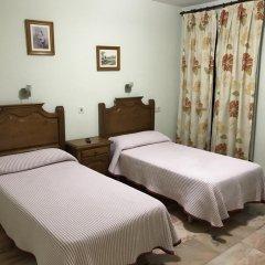 Отель Hostal Rio de Oro Алькаудете сейф в номере
