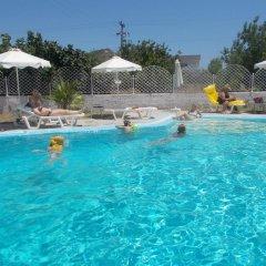 Отель Dolphin Apartments Греция, Родос - отзывы, цены и фото номеров - забронировать отель Dolphin Apartments онлайн бассейн фото 2