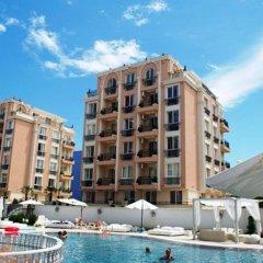 Отель Menada Sea Isle Apartments Болгария, Солнечный берег - отзывы, цены и фото номеров - забронировать отель Menada Sea Isle Apartments онлайн бассейн фото 3