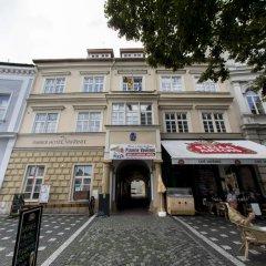 Hotel Vavrinec Злонице парковка