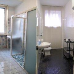 Отель Guest House Pirelli 3* Стандартный номер с двуспальной кроватью (общая ванная комната) фото 3