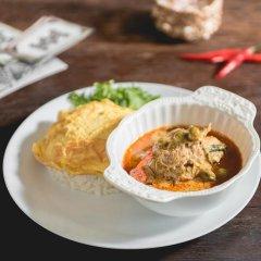 Niras Bankoc Cultural Hostel питание фото 3