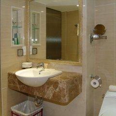 Guangdong Hotel 4* Номер Комфорт с различными типами кроватей фото 4