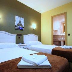 Отель Hostal Regio Номер категории Эконом с различными типами кроватей фото 3