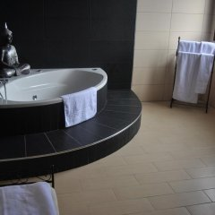 Отель Villa El Valle Испания, Пахара - отзывы, цены и фото номеров - забронировать отель Villa El Valle онлайн ванная
