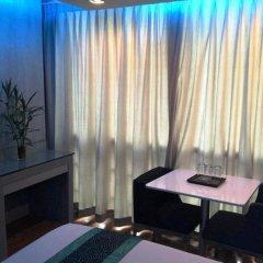Отель BLUTIQUE Бангкок комната для гостей фото 3