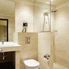 Отель NH Amsterdam Centre 4* Стандартный номер с двуспальной кроватью фото 5