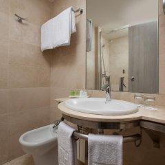 Отель NH Madrid Barajas Airport 3* Стандартный номер с различными типами кроватей фото 5