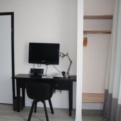 Отель Alp de Veenen Hotel Нидерланды, Амстелвен - отзывы, цены и фото номеров - забронировать отель Alp de Veenen Hotel онлайн удобства в номере