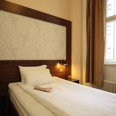 Queen's Hotel 3* Стандартный номер с различными типами кроватей фото 4