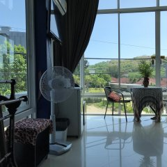 Отель But Different Phuket Guesthouse интерьер отеля
