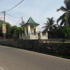 Отель Linda Cottage парковка