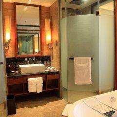 Отель Pullman Oceanview Sanya Bay Resort & Spa 4* Улучшенный номер с различными типами кроватей фото 2