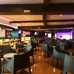 Отель Seadust Cancun Family Resort гостиничный бар