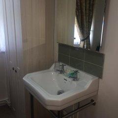 Crescent Hotel 3* Стандартный номер с различными типами кроватей (общая ванная комната) фото 8