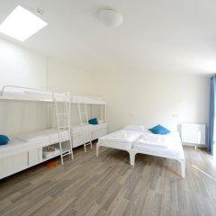 Отель Equity Point Prague Кровать в общем номере с двухъярусной кроватью фото 5