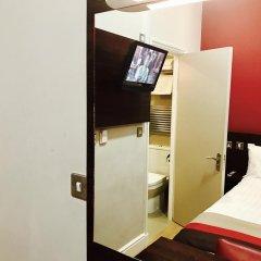 Royal Cambridge Hotel 3* Номер категории Эконом с двуспальной кроватью