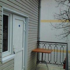 Лукоморье Мини - Отель Стандартный номер с двуспальной кроватью фото 17