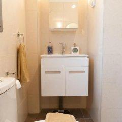 Апартаменты Ziv Apartments 8 Amos Street Тель-Авив ванная фото 2