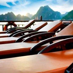 Отель Halong Golden Lotus Cruise бассейн