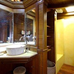 Отель Sawasdee Village 4* Номер Делюкс с двуспальной кроватью фото 11