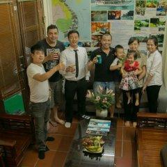 Отель Vietnam Apple Travel Homestay Ханой гостиничный бар