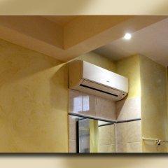 Отель Fiori 2* Стандартный номер с двуспальной кроватью (общая ванная комната) фото 3