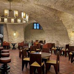 Отель Augustine, a Luxury Collection Hotel, Prague Чехия, Прага - отзывы, цены и фото номеров - забронировать отель Augustine, a Luxury Collection Hotel, Prague онлайн питание фото 2