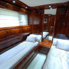 Отель Beyond the Sea Yacht Испания, Барселона - отзывы, цены и фото номеров - забронировать отель Beyond the Sea Yacht онлайн комната для гостей фото 2
