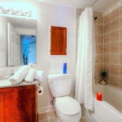 Отель Holiday Inn & Suites Downtown Ottawa Канада, Оттава - отзывы, цены и фото номеров - забронировать отель Holiday Inn & Suites Downtown Ottawa онлайн ванная