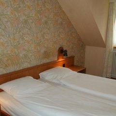Hotel Limmathof 2* Стандартный номер с двуспальной кроватью фото 11