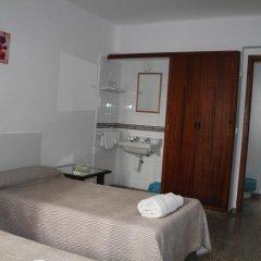 Отель Hostal Las Nieves Стандартный номер с 2 отдельными кроватями (общая ванная комната) фото 10