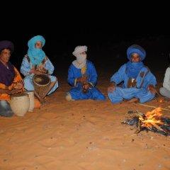 Отель Camel Bivouac Merzouga Марокко, Мерзуга - отзывы, цены и фото номеров - забронировать отель Camel Bivouac Merzouga онлайн пляж фото 2