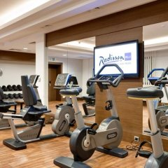 Radisson Blu Hotel, Kyiv Podil фитнесс-зал фото 3