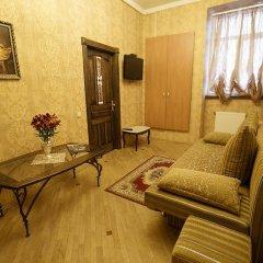 Апартаменты Apartments na Ploshcha Rynok комната для гостей фото 3