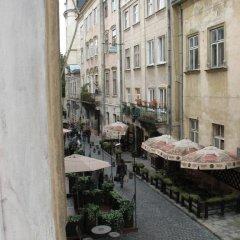 Гостиница Armenian Kvartal Украина, Львов - отзывы, цены и фото номеров - забронировать гостиницу Armenian Kvartal онлайн балкон