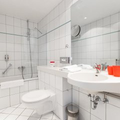 DORMERO Hotel Dresden Airport ванная