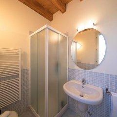 Отель Borgo Del Torchio B1 Манерба-дель-Гарда ванная