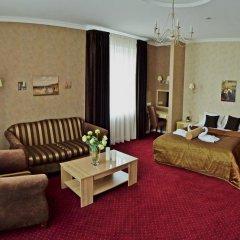 Гостиница Ajur 3* Люкс двуспальная кровать