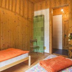 Green Jurmala Hostel Стандартный номер с 2 отдельными кроватями фото 2
