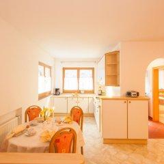 Отель Appartements Kirchtalhof Лана в номере фото 2