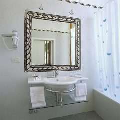Отель Tourist House Ghiberti 3* Стандартный номер с различными типами кроватей фото 10